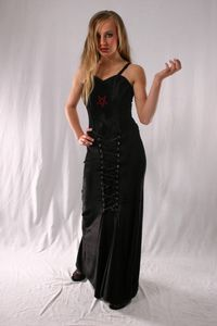 Gothic Long Laced Velvet Skirt. Gothic Velvet Full Length Skirt~2 Colours available. Bares~85-1379~